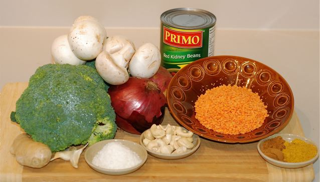 Ingredients for Kidney Bean and Broccoli Curry / Oil-Free, Vegan