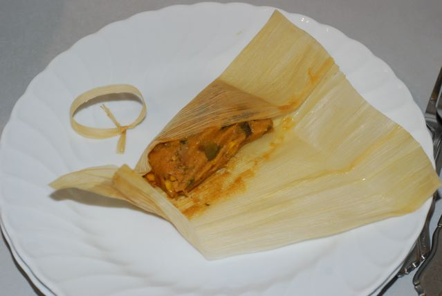 Check the tamal for done-ness